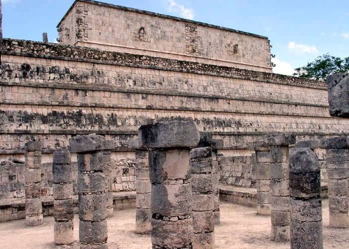 excursion-chichenitza-templodelasmilcolumnas
