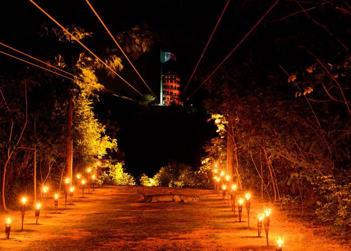 xplor-de-noche-tirolesas