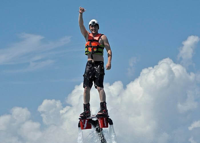 tours-cancun-flyboard