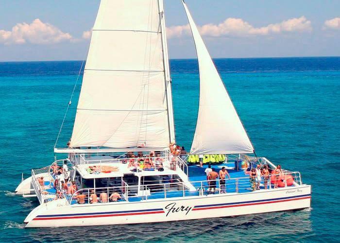 tour-snorkel-cozumel-furycatamaran