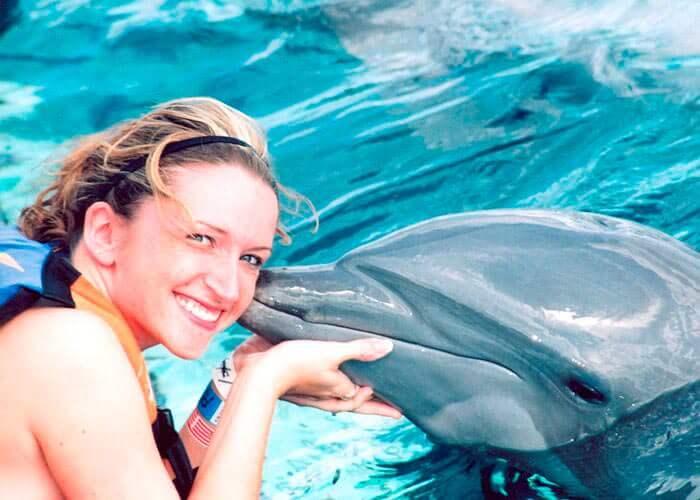 encuentro-con-delfines-y-parque-garrafon