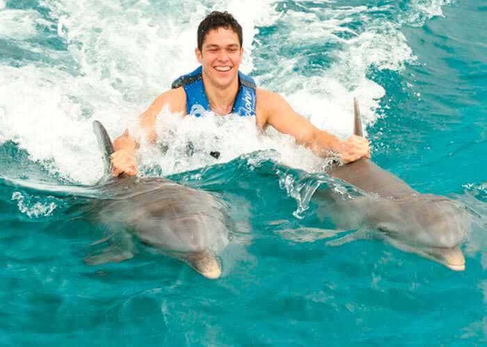 tours-islamujeres-dolphinride-y-royalgarrafon
