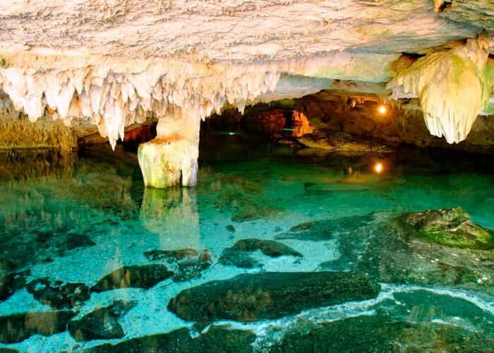 tour-snorkel-cancun-cenotes-caleta