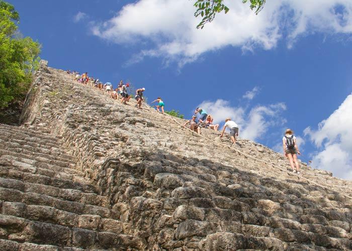tour-coba-piramide-nohochmul