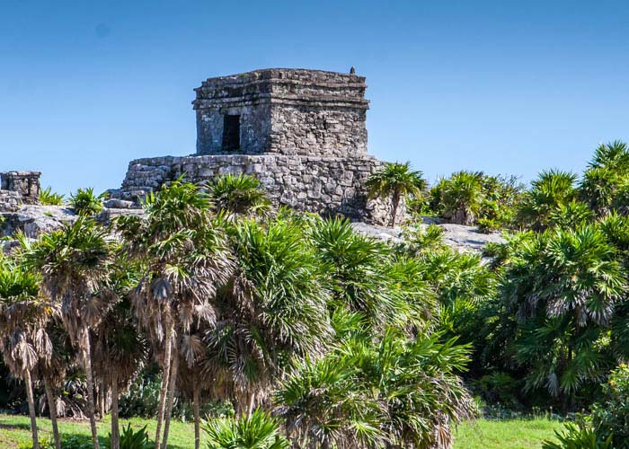 excursion-cancun-mexico-tulum-coba-cenote