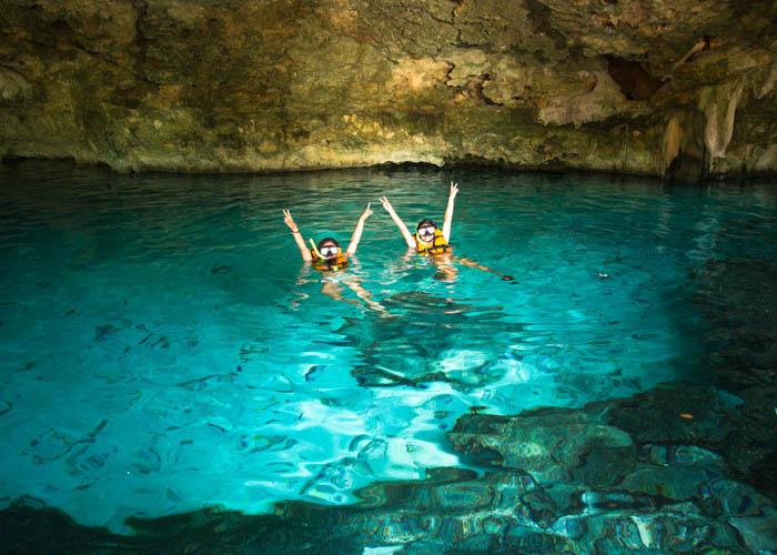snorkel-en-cenote-dosojos