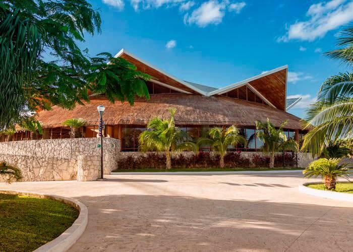 wetandwild-cancun-restaurante