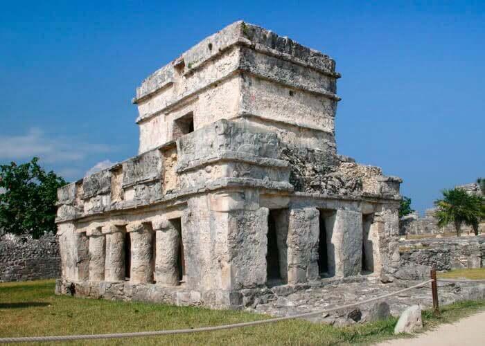 tour-ruinas-mayas-tulum-y-xelha