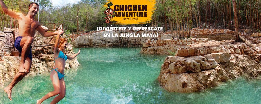 pareja saltando divertidos al cenote rio maya de chichen adventure