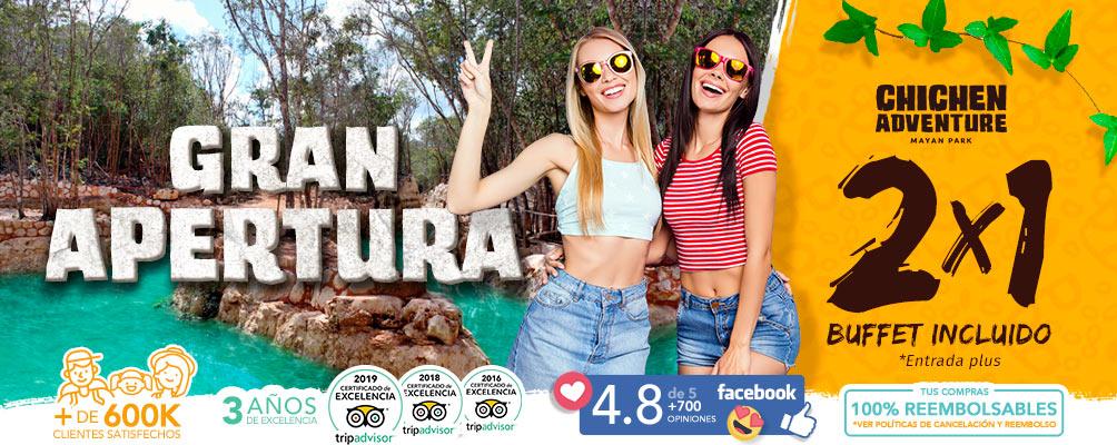 mujeres jovenes difrutando el rio cenot maya en chichen adventure mayan park