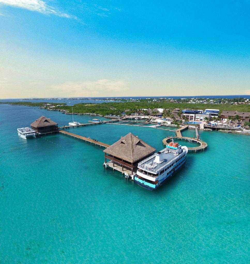 Vista aérea del delfinario de Isla Mujeres