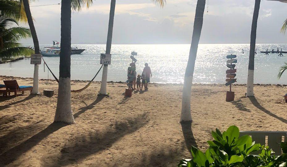 Vista de la playa en Isla Mujeres