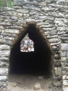 Pasadisos mayas en la zona de cobá