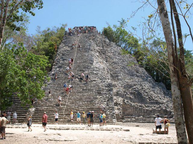 Piramide nohochmul en cobá