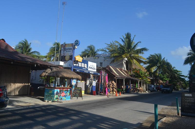 calles de Tulum