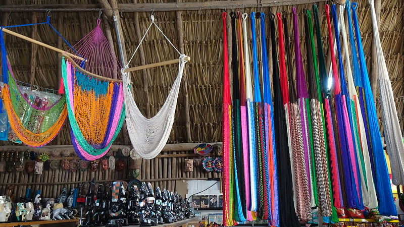 artesanias mayas en cobá