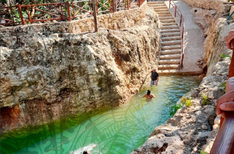 Cenote Koleeb Caab